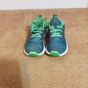 Under Armour Multicolored Shoes Size 8